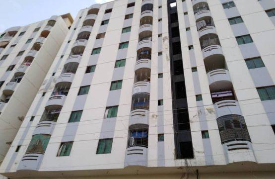 4 rooms gulshan iqbal 10a boht roshan aur hawadar near aladin park